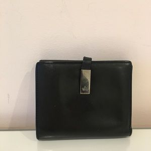 💯 Authentic Gucci Black calfskin leather wallet